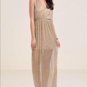 Francesca's Gold Metallic Micro Pleat Maxi Dress